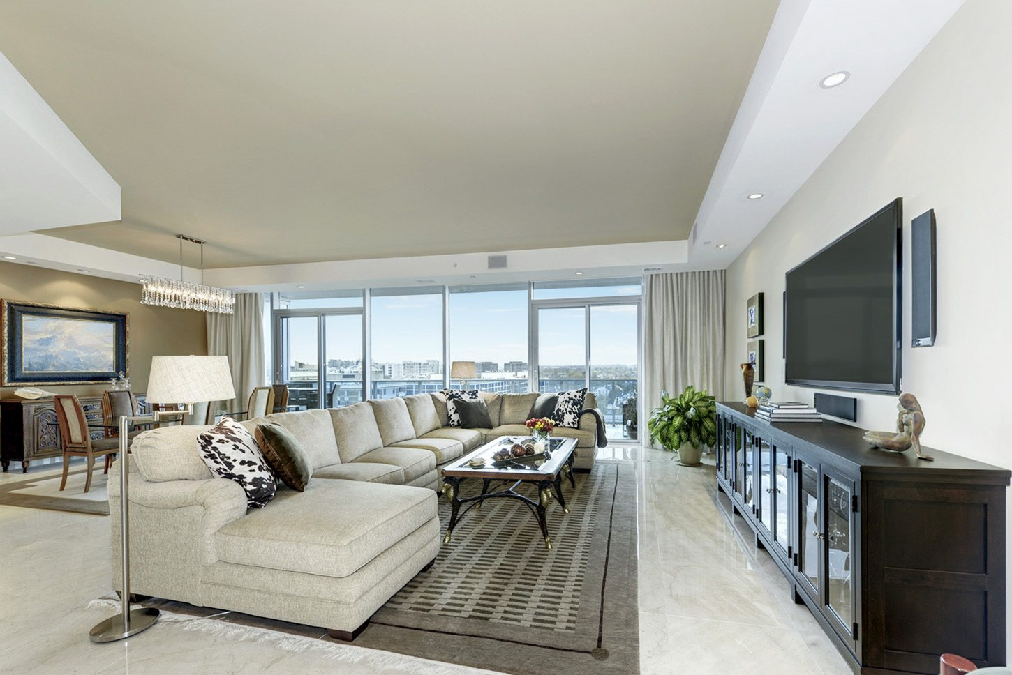 Private Placement Listings At Turnberry Tower, The Odyssey